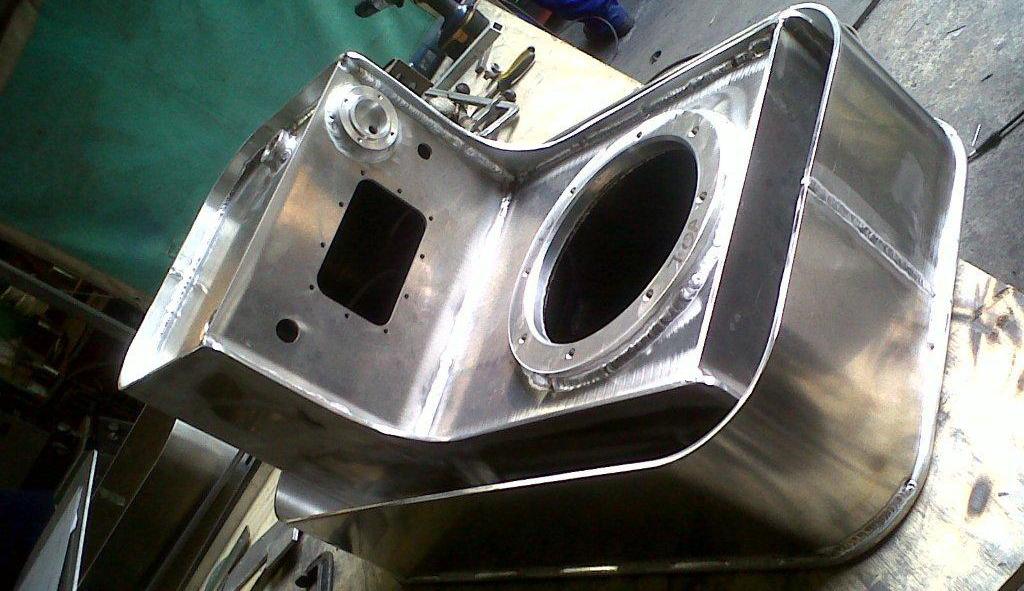 working in aluminium